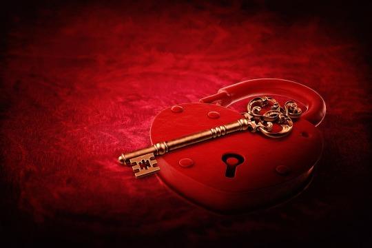 heart-lock-2057742_1920