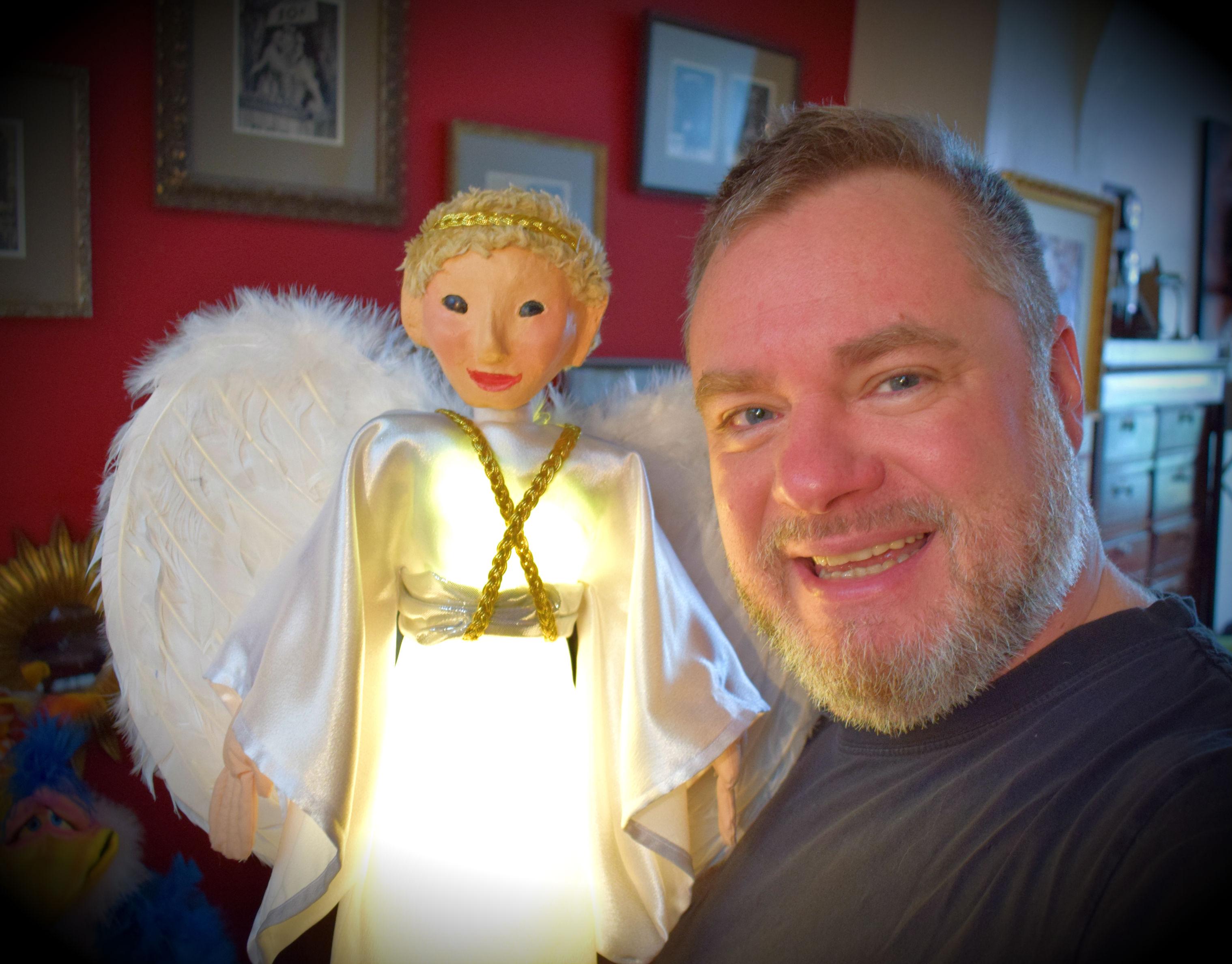 ange, marionnette, marionnettes, mentalisme, soirée, méditation angélique, spectacle, lille, enfants, adultes, conte, contes de fées, à domicile, magie, magique, niko, nico, puppets