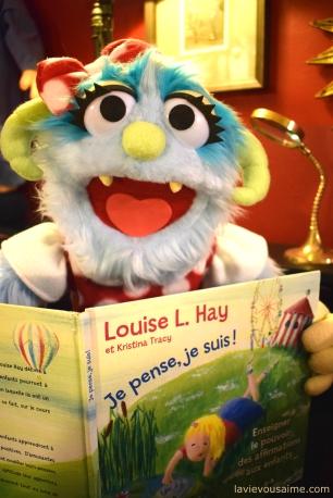 Sally aime lire Louise Hay