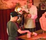 le secret des enchanteurs - spectacle à domicile - magie - mariionnettes - lille - bruxelles - spectacle mairie - CE - jeux traditionnels en bois nord