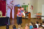 spectacle crèche tout-petits très jeune public marionnettes éveil magie